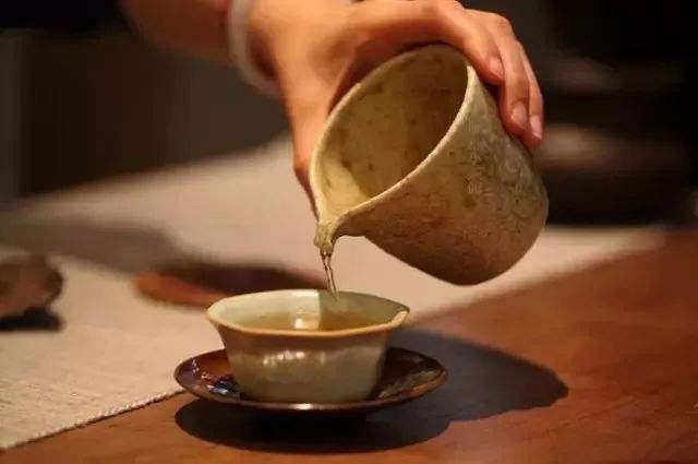 做完包皮手术后可以喝茶叶水吗?