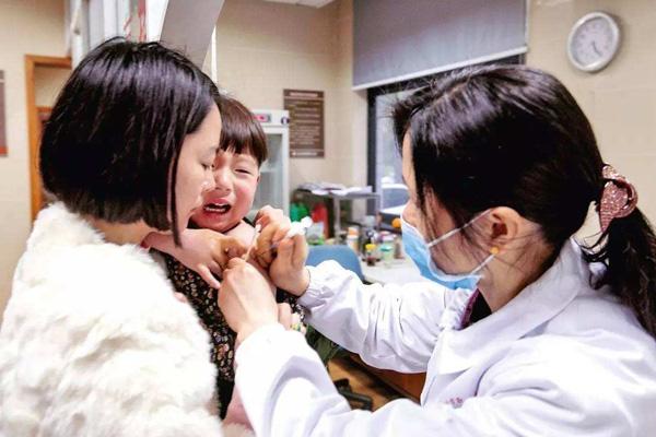 儿子打疫苗致肾衰竭!父亲14年上诉终胜诉